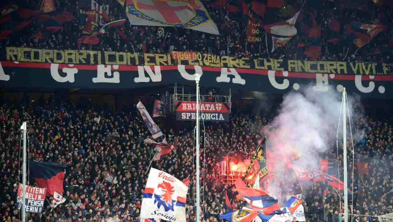 Tifosi del Genoa contro Preziosi