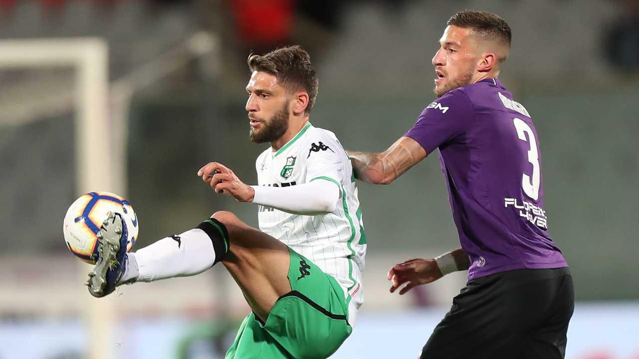 Berardi del Sassuolo e Biraghi della Fiorentina, 29 aprile 2019 (foto di Gabriele Maltinti/Getty Images)