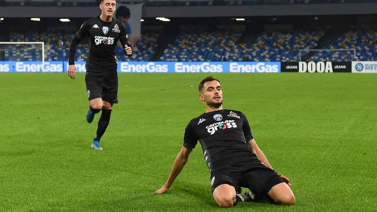 Empoli, da destra: il trequartista Nadir Bajrami festeggia il suo gol al Napoli nella partita di Coppa Italia del 13 gennaio 2021 (foto di Francesco Pecoraro/Getty Images)