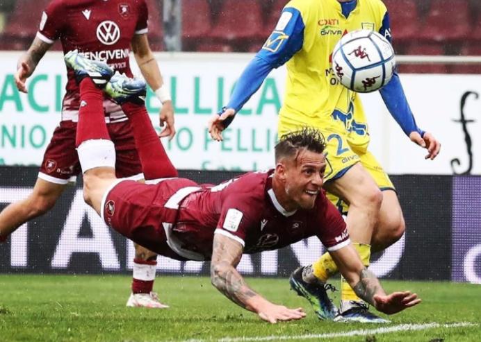 Il gol di Denis col Chievo (Sport Heroes di Giusva Branca)