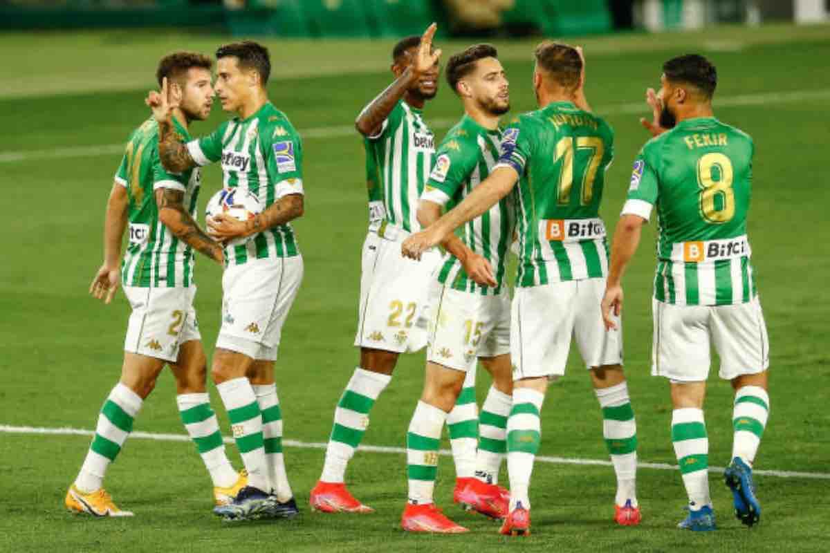 Calciatori del Betis Siviglia durante la partita contro l'Atletico Madrid