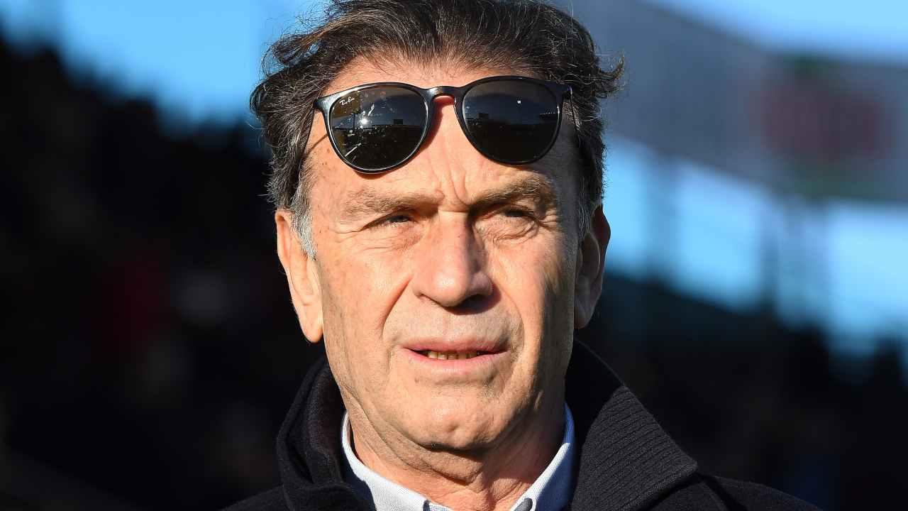 Brescia, il presidente Massimo Cellino a bordocampo nello Stadio Ennio Tardini. Serie A, gara con il Parma, 22 dicembre 2019 (foto di Alessandro Sabattini/Getty Images).