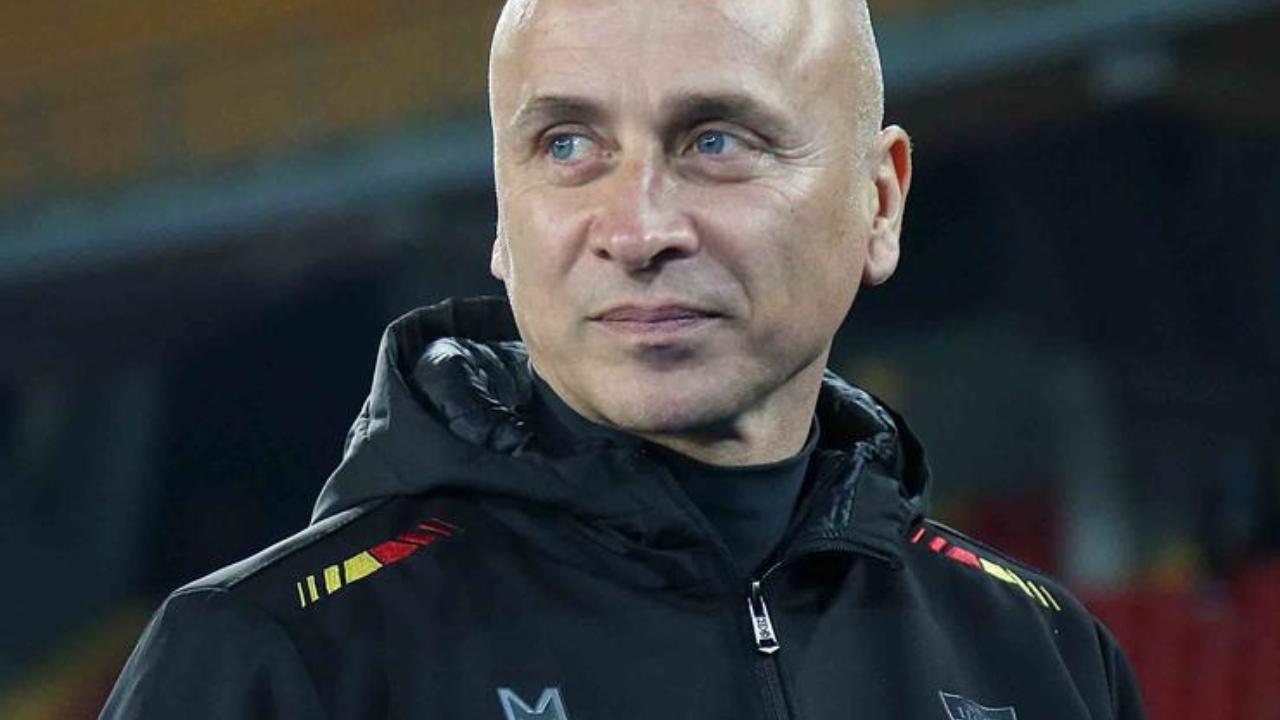 Lecce, l'allenatore Eugenio Corini a bordocampo (foto © Anza e Marco Lezzi).